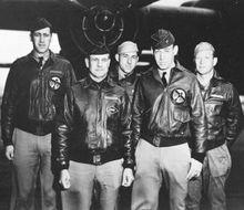 杜立特中校和他的1号机成员