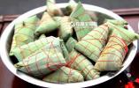 """""""幸福阿姨""""的开心时刻 义乌社区举办包粽子比赛"""