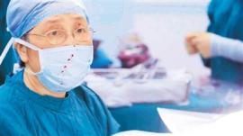 纪录片《医心》 刻画有血有肉的中国医生