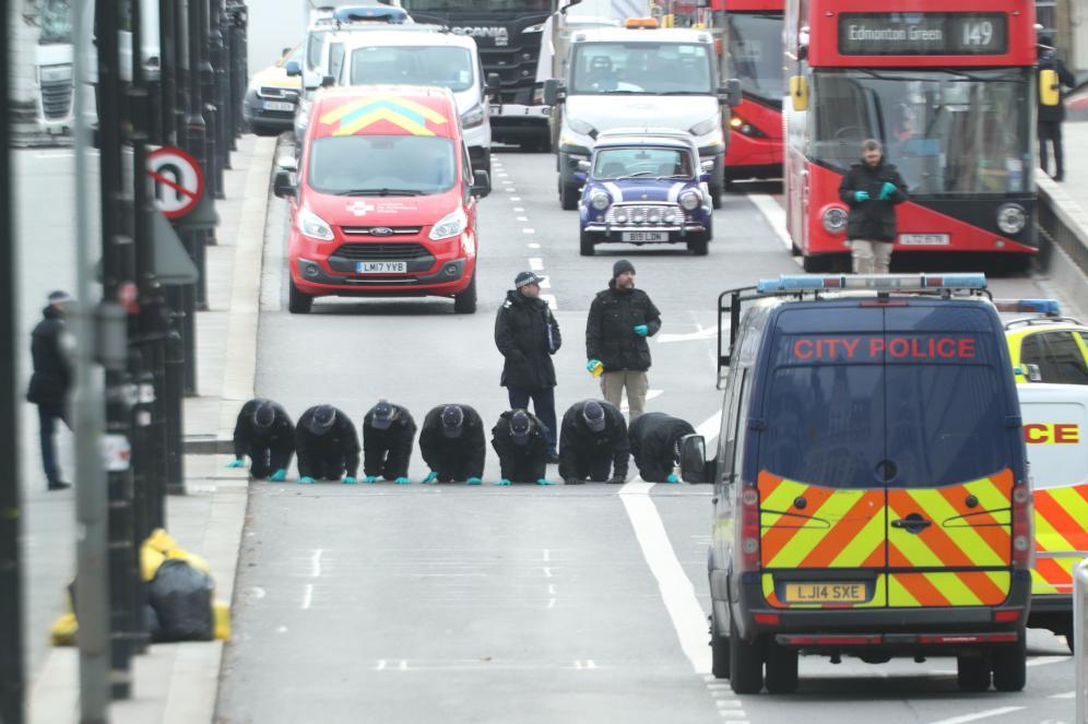 伦敦桥恐袭案凶手疑似同伙被捕 英警方警告:有模仿作案可能