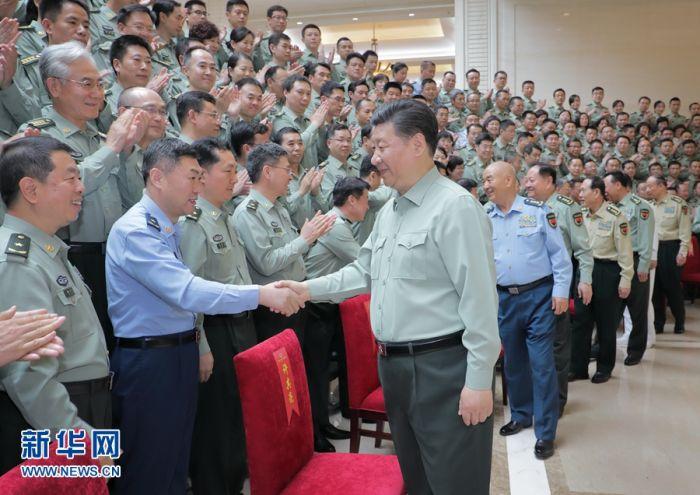 习近平视察军事科学院