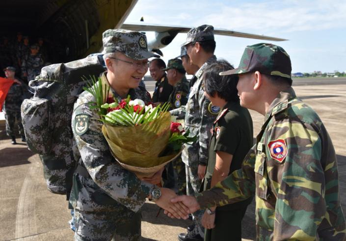 中国军队新型实战化卫生装备亮相老挝演训场