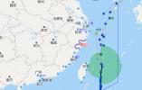 """""""丹娜丝""""逼近东海 100多条海蜇捕捞船被驱离回港"""