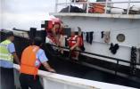 生死营救!舟山海域一渔船沉没 目前13名船员全部获救