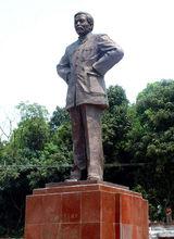 徐特立铜像