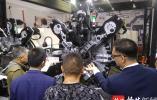 """智能工业装备产业博览会上行业人士称:实现真正""""高精尖""""依然""""任重而道远"""""""