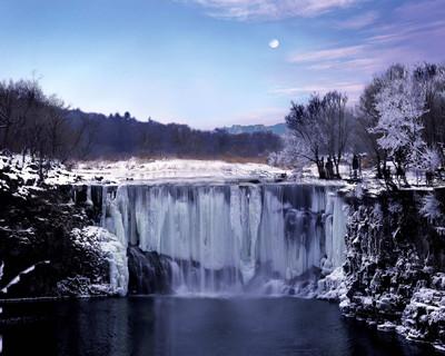 镜泊湖之冬