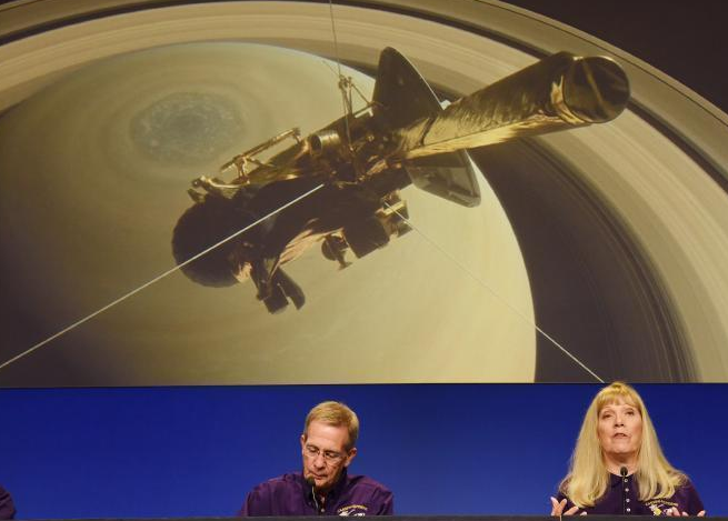 NASA发布会,宣布卡西尼号完成使命。