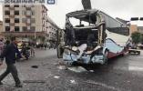 浙江台州一大巴车撞上货车 13人送医4人伤势较重