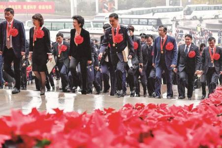 """用最高规格、最高礼遇,致敬英雄的人民、人民的英雄——感谢有你,拼出""""江苏奇迹"""""""
