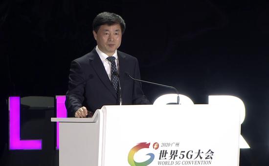 中国电信柯瑞文:保持5G适度超前建设 推进室内、农村区域共建共享