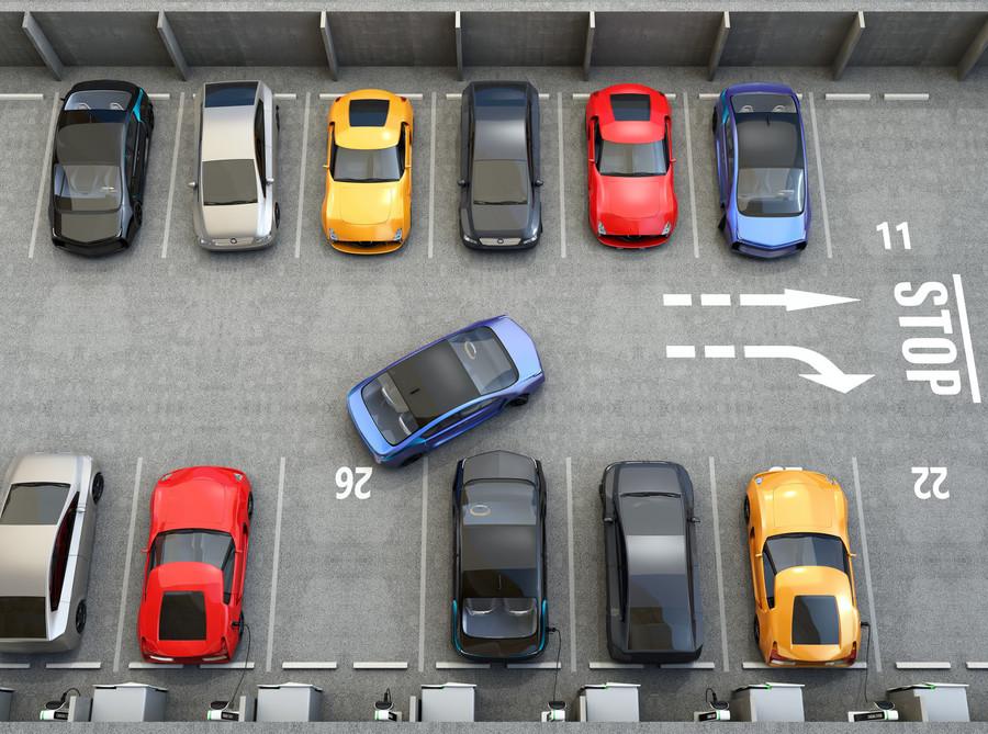 全球首例无人泊车技术投用