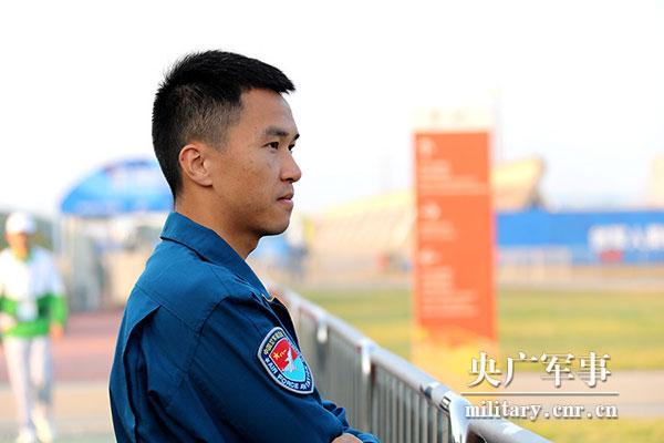 再传捷报!中国队摘得空军五项飞行比赛金牌