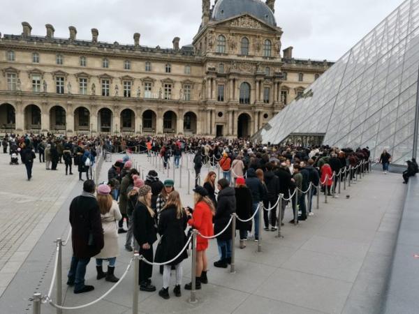 卢浮宫因疫情被迫闭馆,佛罗伦萨免门票重开博物馆