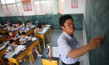 Teachers: Schools get better in rural areas